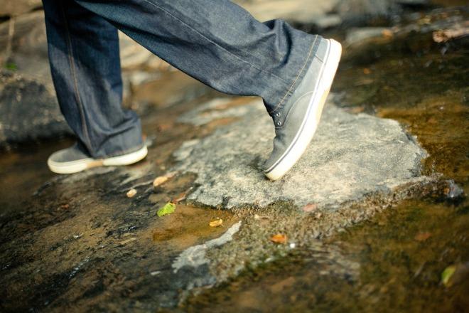 walking-570119_1920